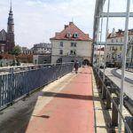 Od dzisiaj piesi i rowerzyści po Moście Piastowskim poruszają się tylko jedną stroną!